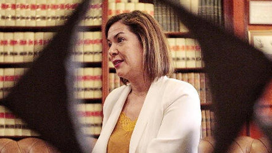 Cs expulsa a la concejala que apoya la moción de censura en Santa Cruz de Tenerife