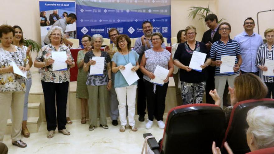 La UIB suspende la Universitat de Majors por ser colectivo de riesgo ante el coronavirus