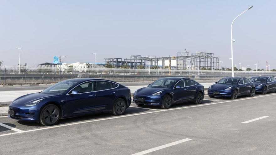 Tesla entrega los primeros Model 3 fabricados en China