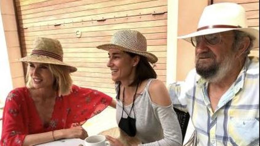 Judit Mascó canta 'Illes dins un riu' con Tomeu Penya