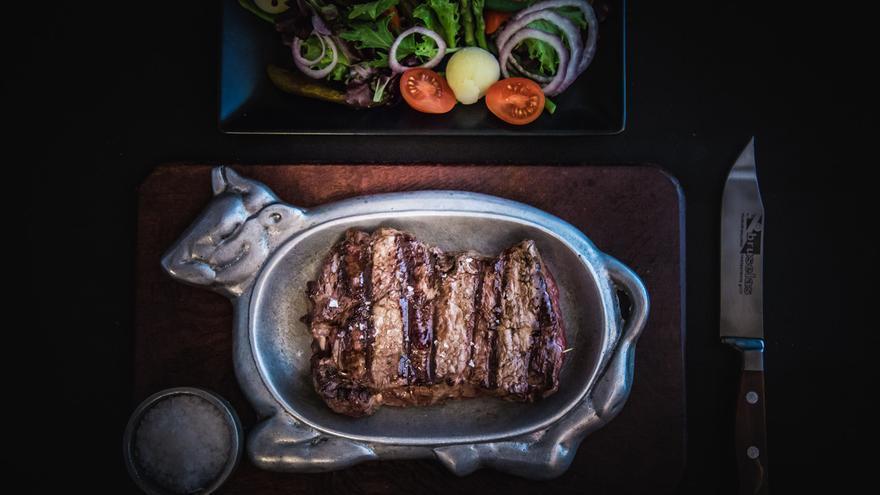 Bruselas Steak House Asima, especialista en carnes a la brasas y ahora incorpora desayunos y meriendas