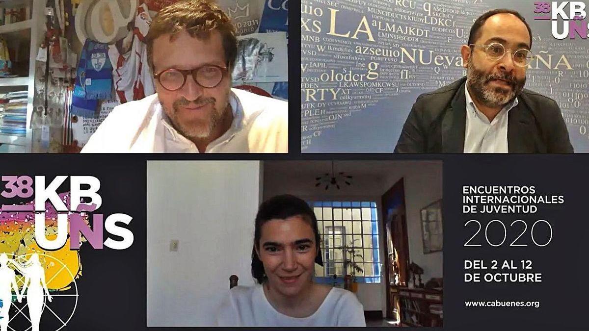 Por la izquierda, Rafael Rubio y Eduardo Lagar, con Fátima Micheo, debajo, ayer, durante la charla online.