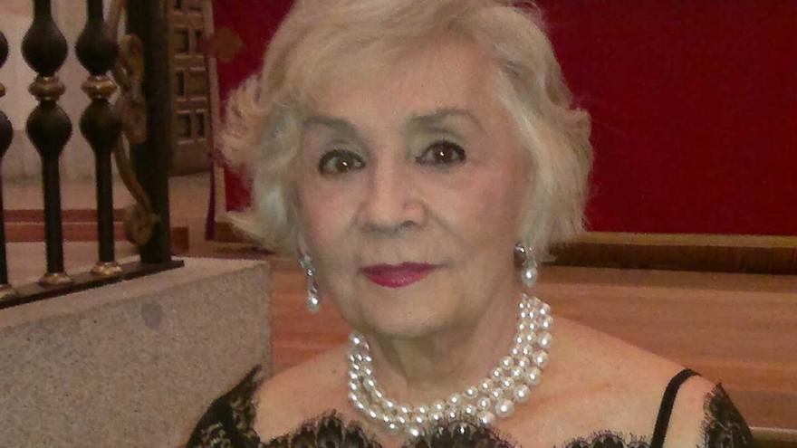 Muere la pintora Alicia Iturrioz a los 94 años