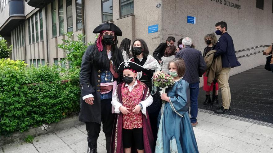 """Una boda a lo """"Piratas del Caribe"""" con fondo solidario"""