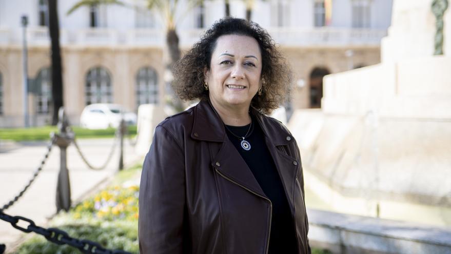 Yolanda Muñoz (Autoridad Portuaria de Cartagena): «Tenemos una estrategia para convertirnos en el puerto más sostenible del Mediterráneo»