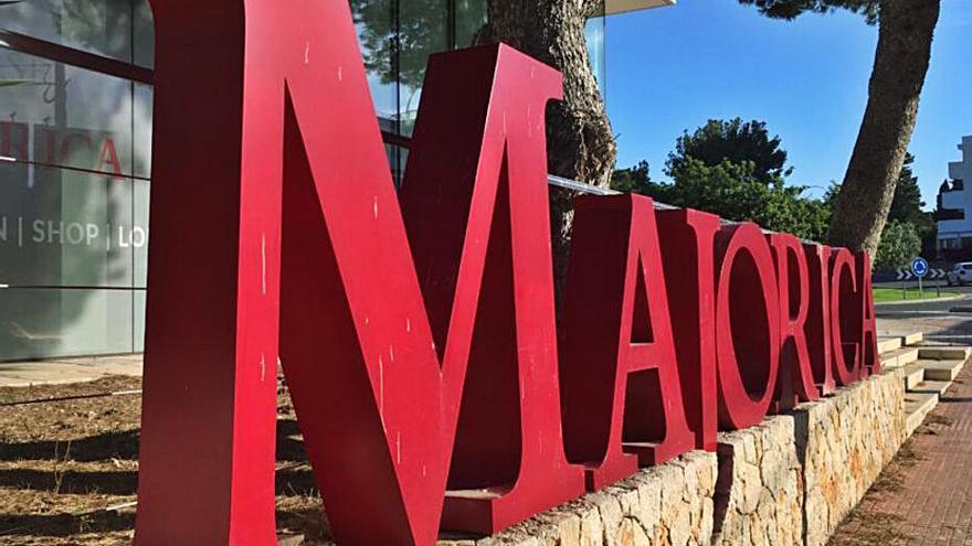 Majolaperla sube su oferta por Majorica y garantiza 161 empleos
