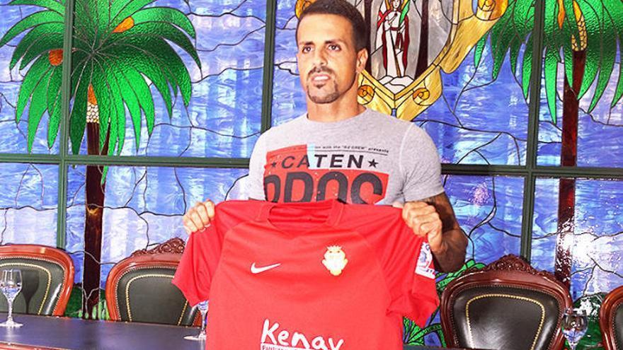 Vitolo se convierte en el referente de la familia del CD Santa Úrsula
