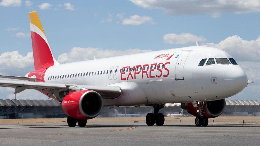 Iberia Express refuerza la conectividad con Canarias estas Navidades