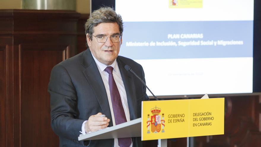 José Luis Escrivá presenta el Plan Canarias de Inmigración