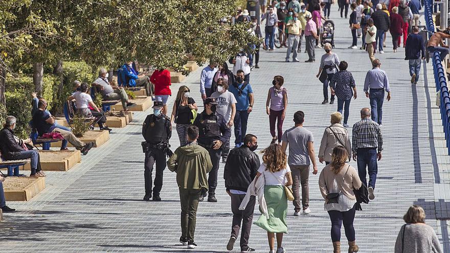 Los fallecidos semanales por covid en la Comunidad Valenciana bajan a niveles del puente de octubre
