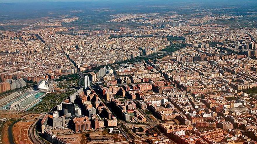 El Consell impulsa la ley para potenciar las competencias de las áreas metropolitanas
