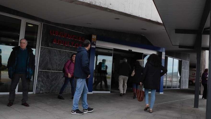 La gripe colapsa los centros de salud, que tardan varios días en dar cita
