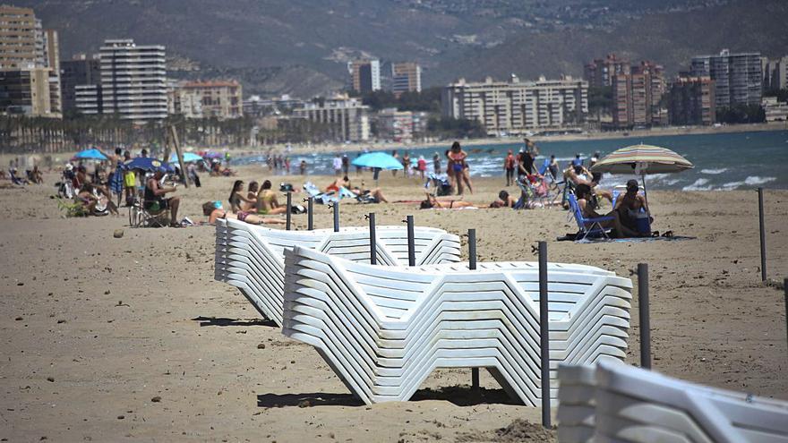 A la playa con controles por tierra, mar y aire