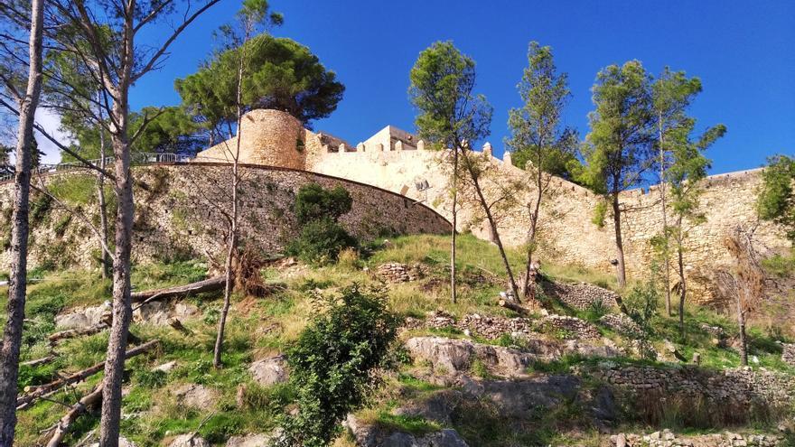 Las heridas en el castillo del asedio a sangre y fuego de Dénia hace 312 años