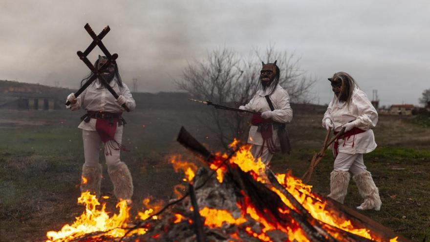 Las grandes mascaradas se dan cita en el Magosto de Montamarta