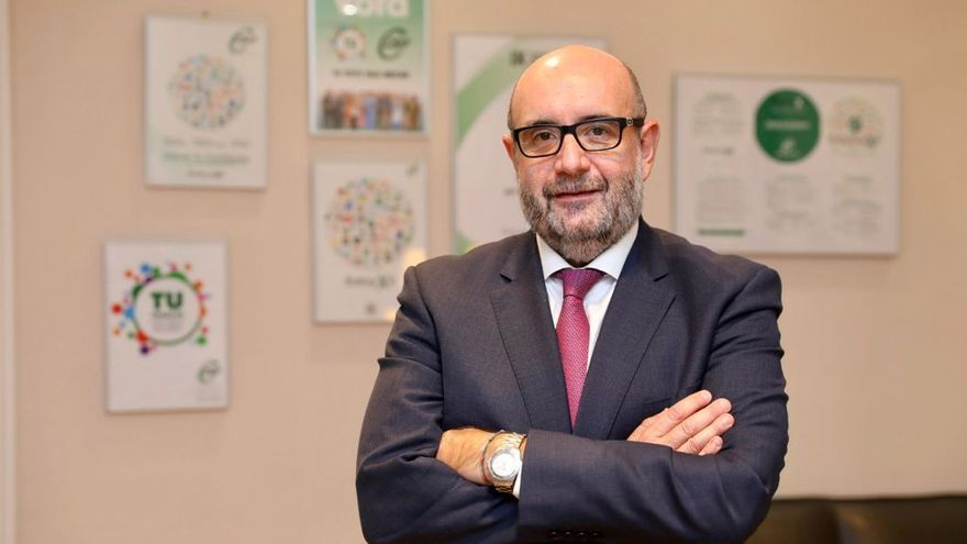 """Miguel Borra, presidente nacional de CSIF: """"El interino no puede ser el pagano con la temporalidad"""""""