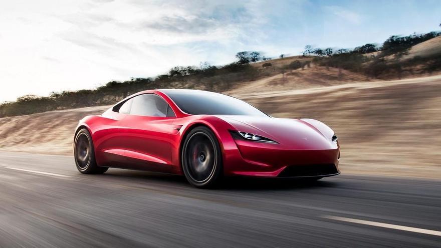 Elon Musk confirma que el Tesla Roadster se retrasa