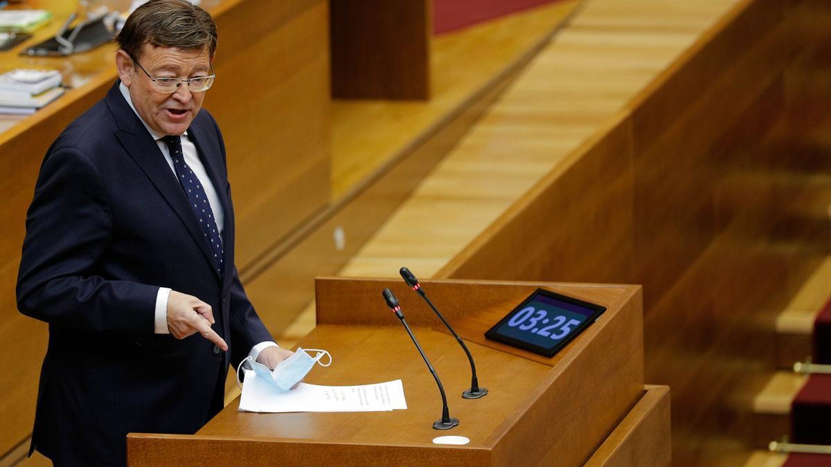 El presidente de la Generalitat, Ximo Puig, en su intervención ayer en la sesión de control en las Cortes Valencianas.