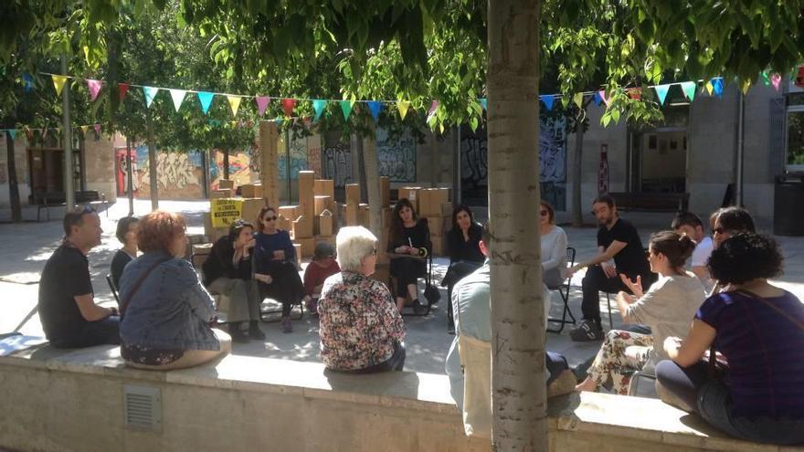 Las mujeres debaten  sobre la ciudad que quieren