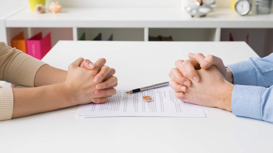 Los divorcios y separaciones se desploman durante el año de la pandemia
