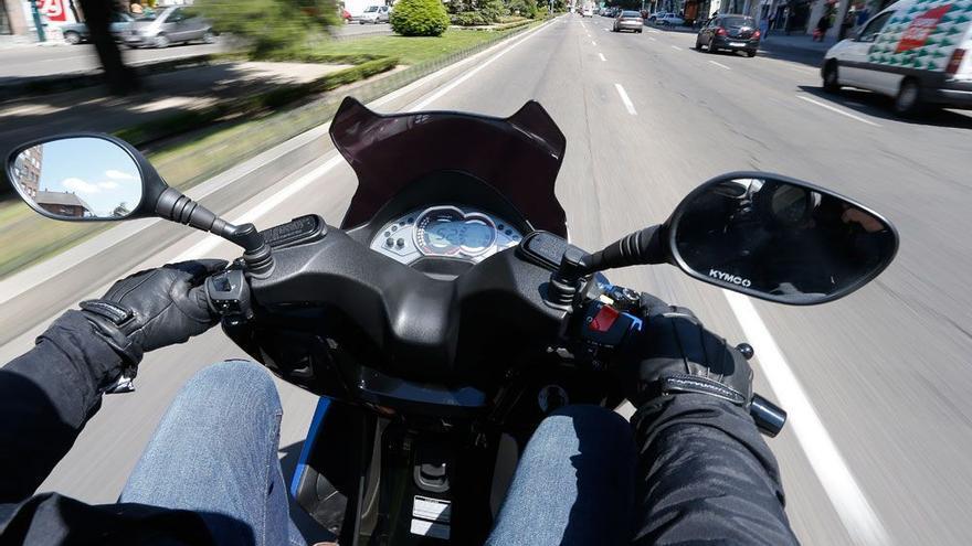 La DGT intensifica la vigilancia de motos durante el fin de semana