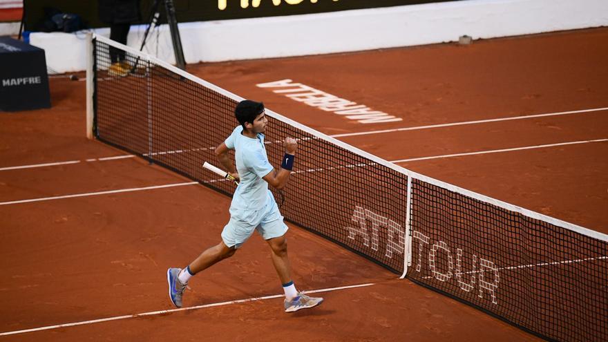 Carlos Alcaraz rompe otro récord y se planta en las semis del Andalucía Open