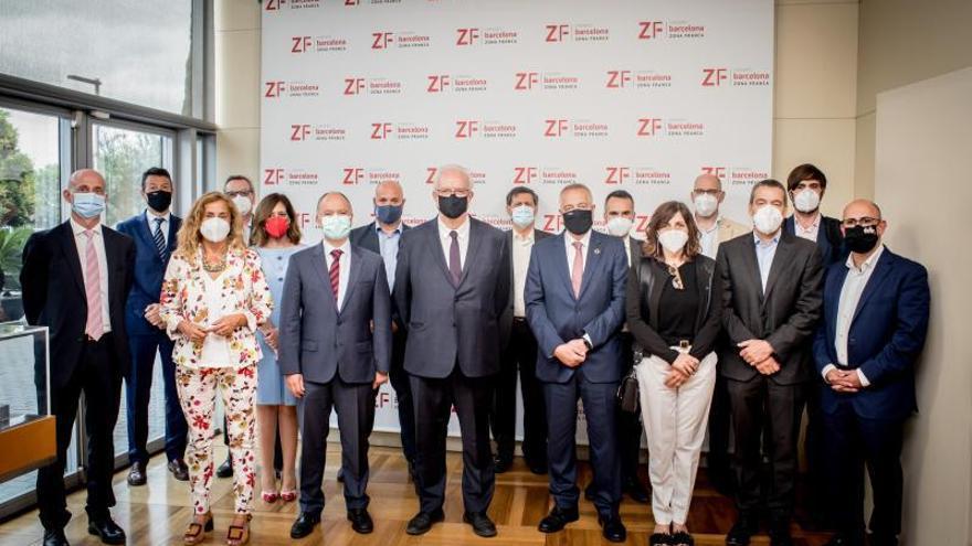 Vigo copilotará la estrategia nacional para el desarrollo del coche conectado