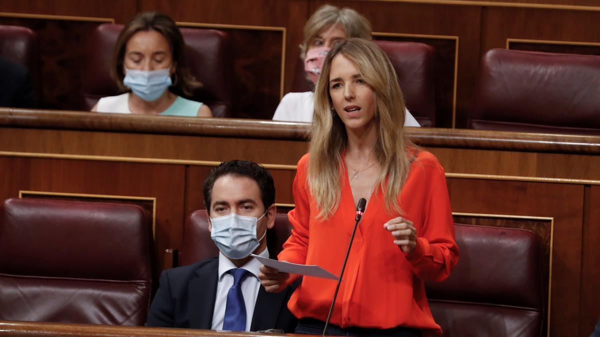 """Cayetana Álvarez de Toledo en la sesión del Congreso en la que llamó """"hijo de terrorista"""" a Pablo Iglesias."""