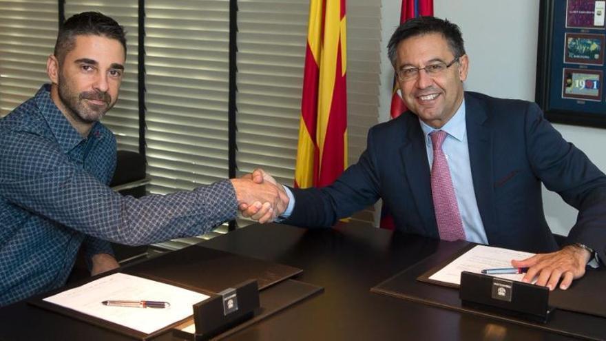 Navarro i el Barça signen un contracte per als pròxims deu anys