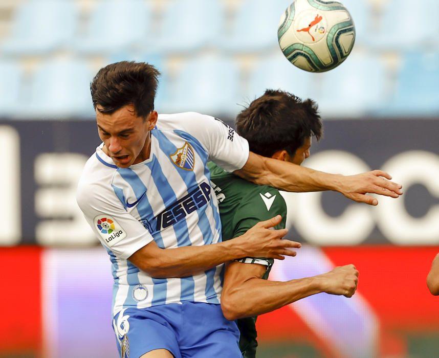El Dépor pierde 1-0 en Málaga
