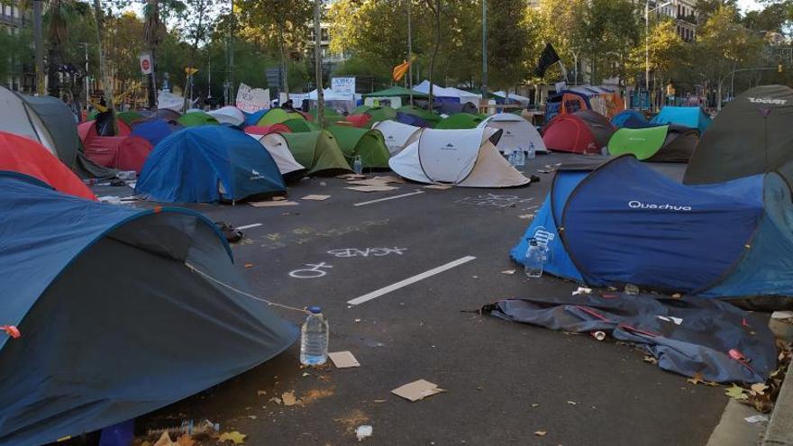 Escisión entre los acampados en Barcelona