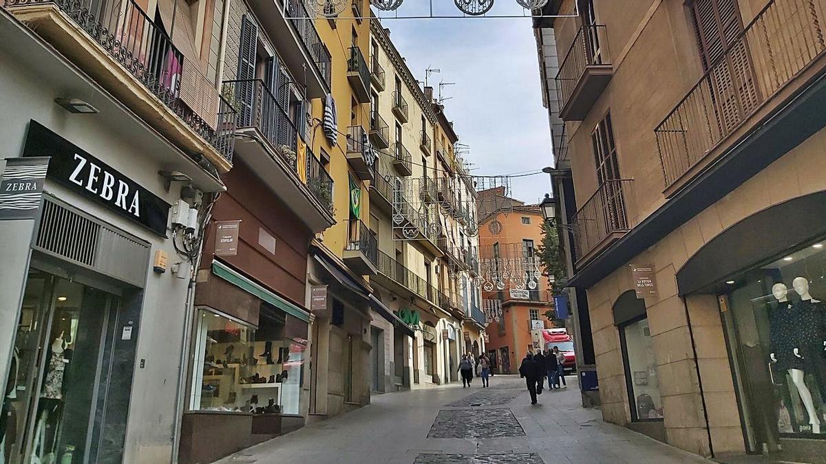 Imatge d'arxiu del carrer Sant Miquel del Centre Històric de Manresa | ARXIU/JORDI MORROS