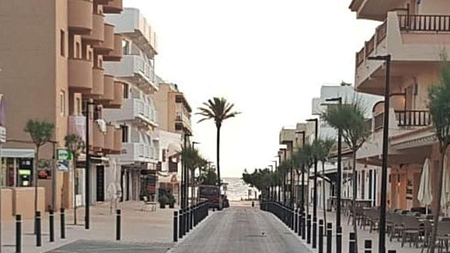 Dos 'parking' y zonas peatonales para reactivar el comercio en es Pujols