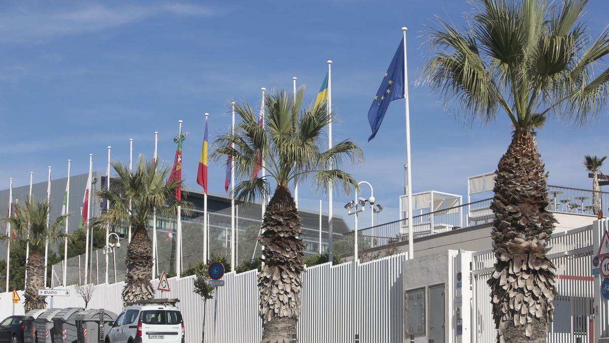 Entrada principal de la EUIPO en Alicante