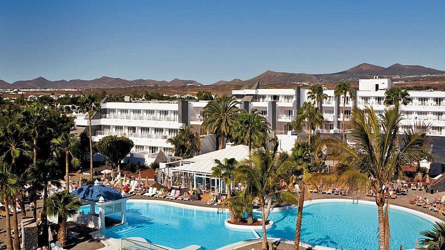 Las grandes cadenas empiezan a vender hoteles en Canarias en busca de liquidez