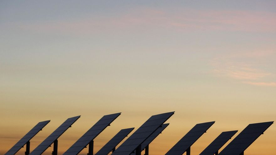 ENERGÍAS RENOVABLES | ¿Dónde comprar placas solares para casa?