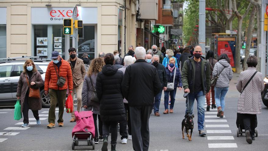 Cataluña, al borde de la cuarta ola, y Euskadi podría cerrar Bilbao y Gipuzkoa
