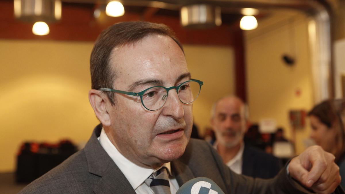 José Ramón Riera.