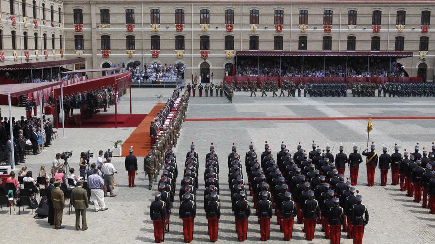 Una cadete denuncia una violación en las duchas de la Academia General Militar de Zaragoza
