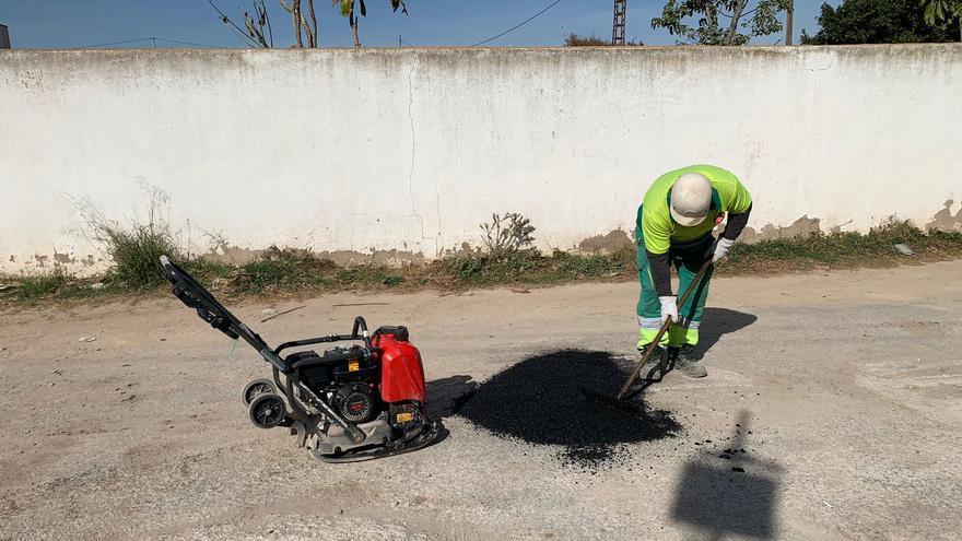 Destinan más de 1,8 millones para el asfaltado urgente