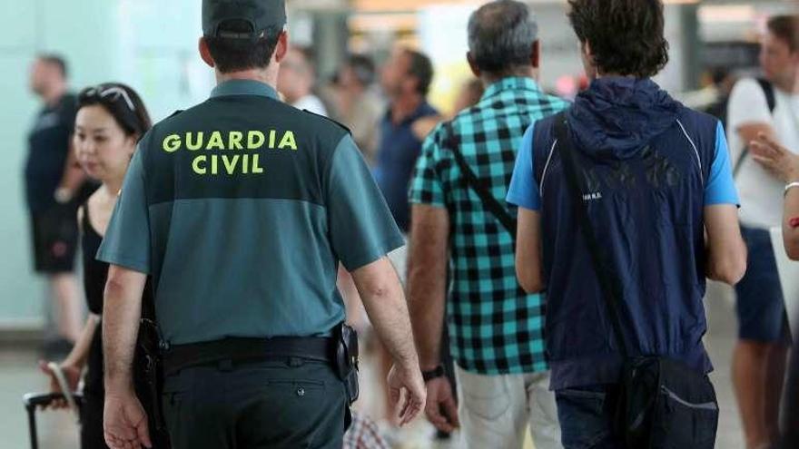 Amenaza de huelga del personal de Prosegur en los aeropuertos levantinos