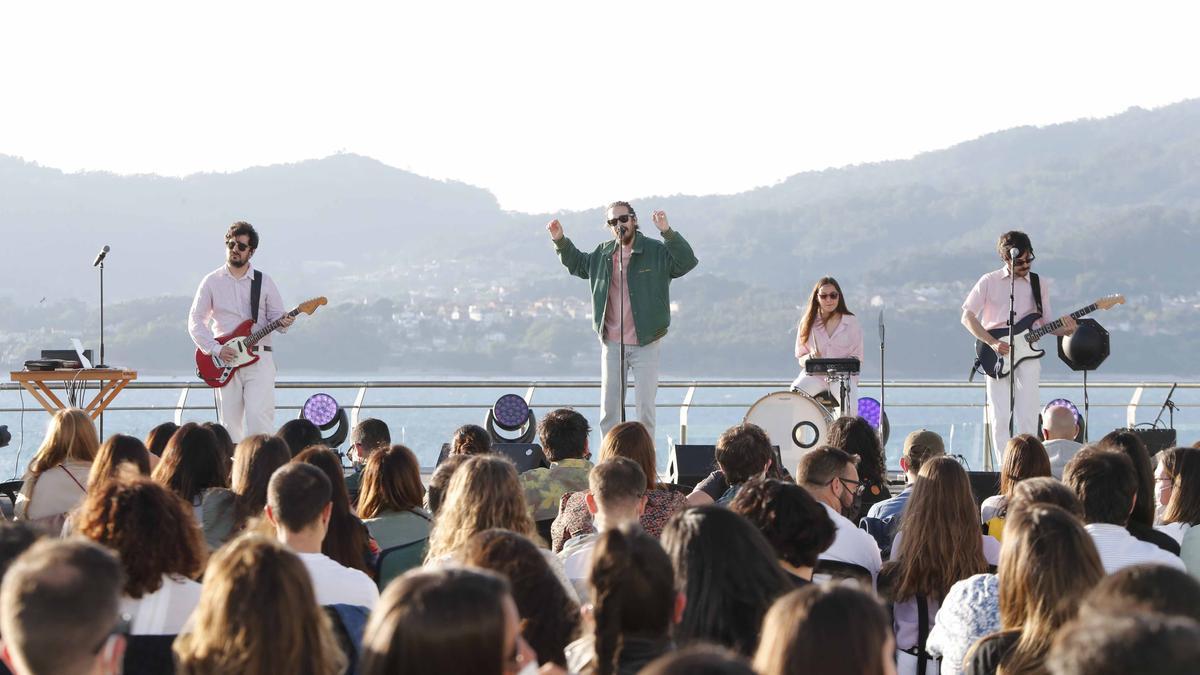 Carlos Sadness durante uno de sus conciertos del festival TerraCeo 2021 en Vigo
