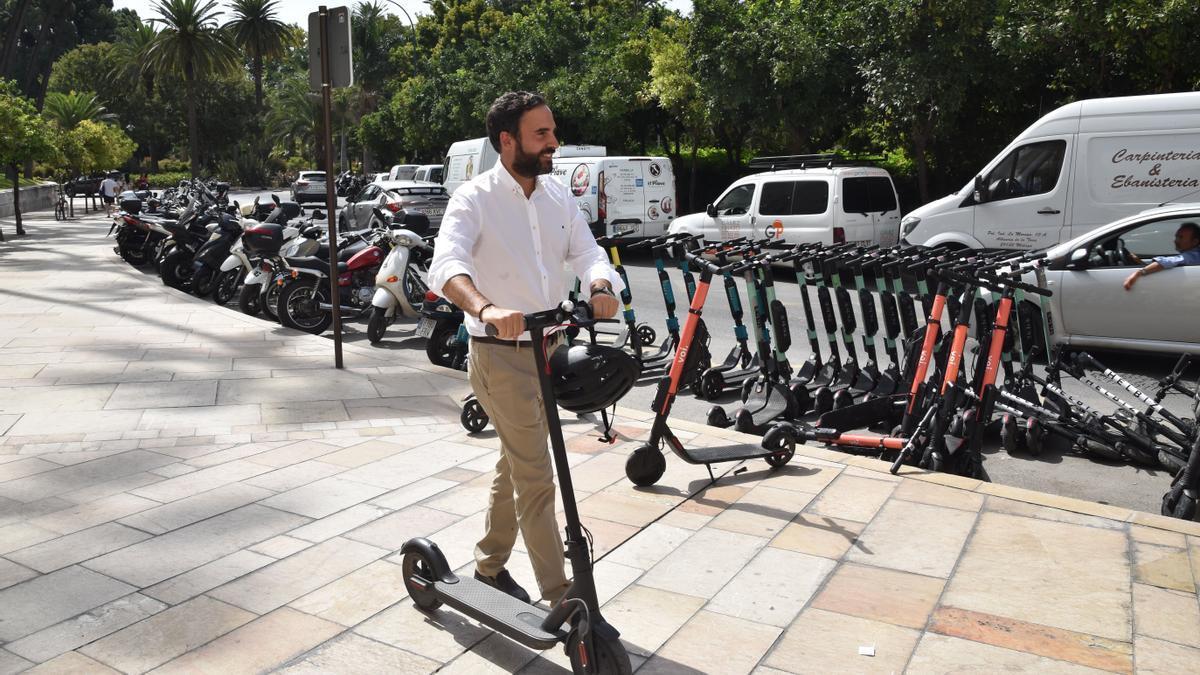 """El PSOE pide al Ayuntamiento que """"paralice"""" la ordenanza de movilidad que """"hace peligrar la vida de los ciclistas"""""""