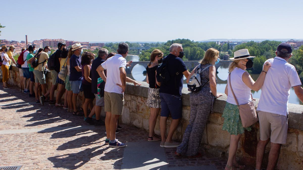 Turistas en Zamora, este verano.
