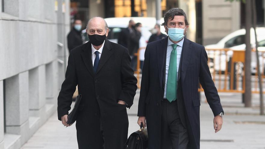 El PP suspende provisionalmente de militancia a Fernández Díaz tras decidir el juez procesarle por 'Kitchen'