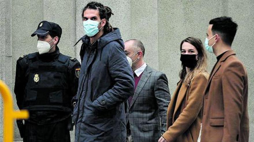 Alberto Rodríguez niega en el Supremo que pateara a un policía