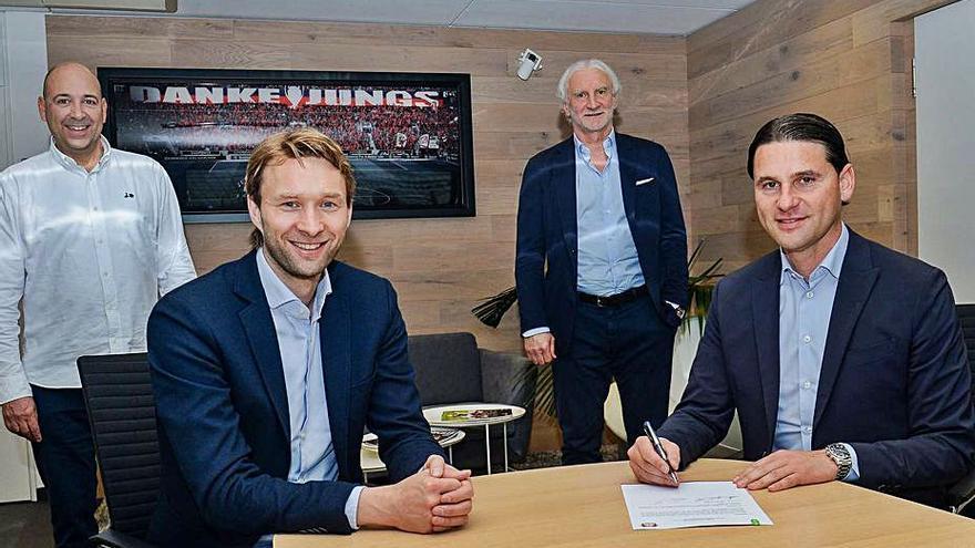 El exdeportivista Gerardo Seoane, nuevo técnico del Bayer Leverkusen