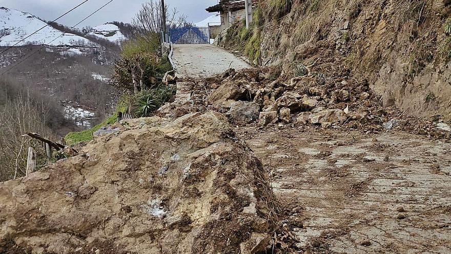 """La estabilización del talud de La Cuesta de los Valles se iniciará """"con celeridad"""""""