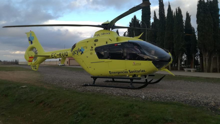 El helicóptero del 1-1-2 aterriza en Toro por una emergencia médica