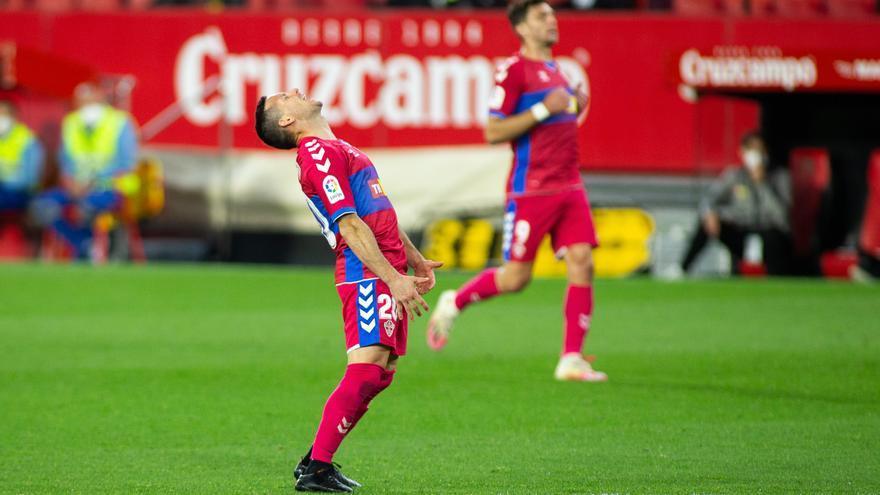 Piatti debuta y tiene una ocasión de gol en la primera pelota que toca